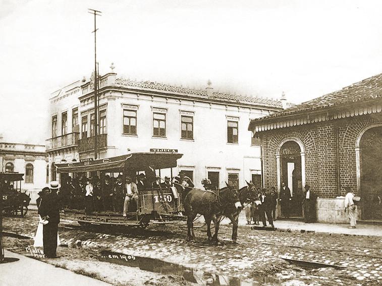 Um-bonde-na-Tijuca-em-1905-tração-animal