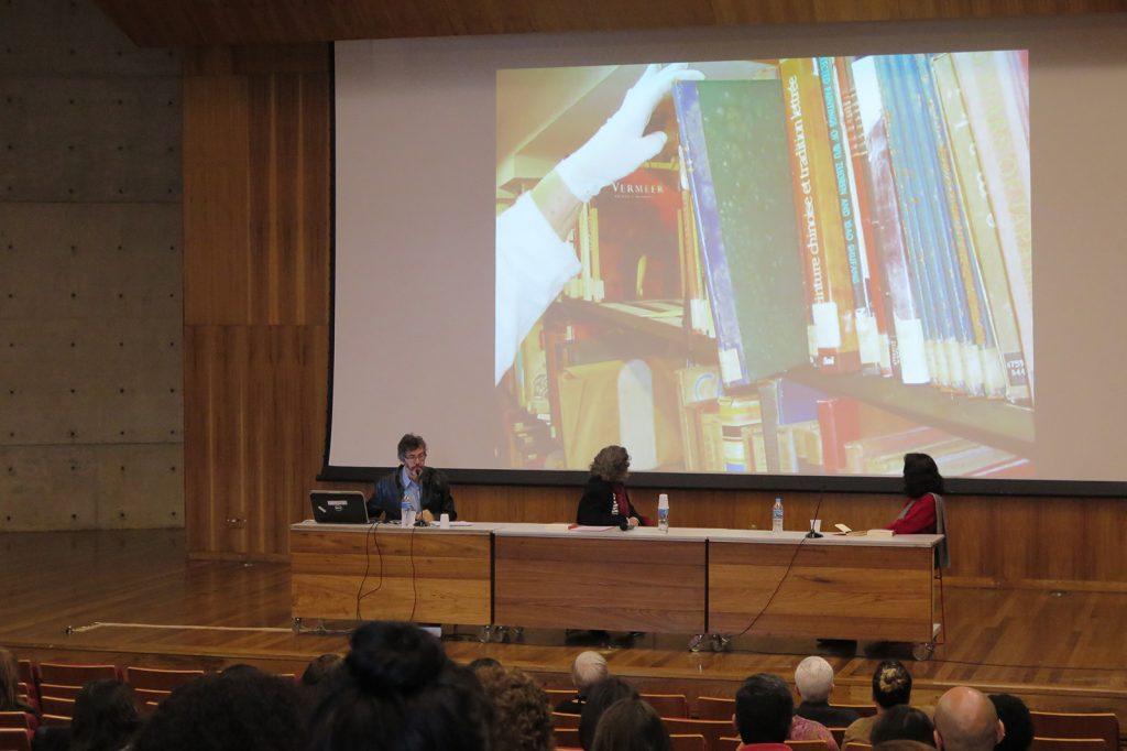 """Rizio Bruno Sant'ana: """"O bibliotecário na conservação de livros raros""""."""